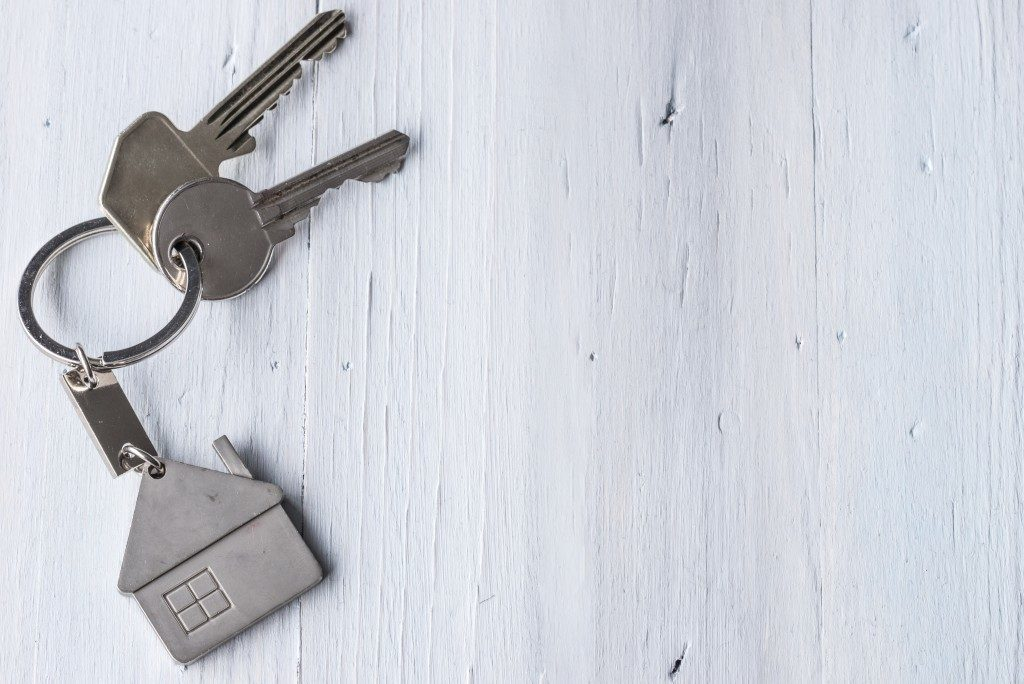 keys with a house keychain